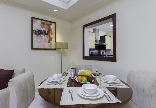 Apartment in Dubai - Sea View & Garden Luxury Apt on The Palm