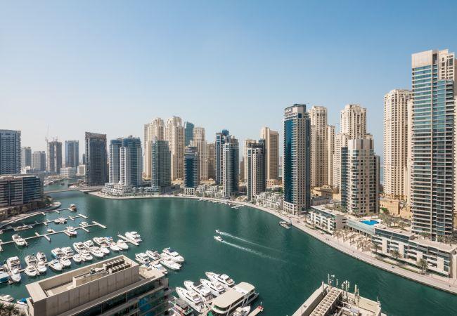 Apartment in Dubai - Amazing Waterfront Apt in in Dubai Marina next to JBR
