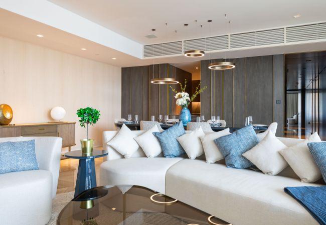 Apartment in Dubai - Blissful Beach Apt w/Jacuzzi at Five Palm Jumeirah