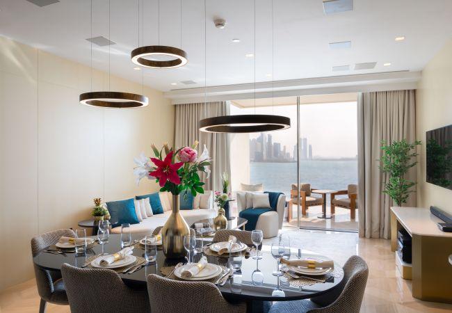 Apartment in Dubai - Five Palm Jumeirah Lux Apt w/Panoramic Sea View