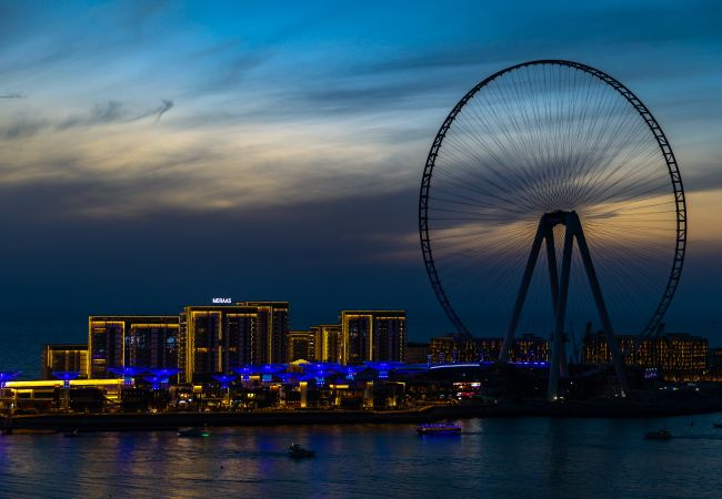 Apartment in Dubai - New Sea View Luxury Apt at Bluewaters Island Dubai