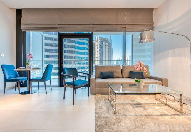 Studio in Dubai - Premium Studio w/ Dubai Canal Vw in Business Bay