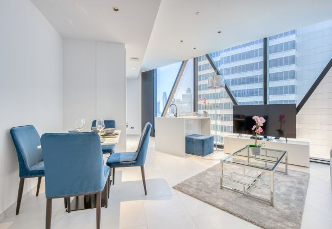 Apartment in Dubai - 5* Luxury Apt Clse to Beach Nxt to Burj Khalifa
