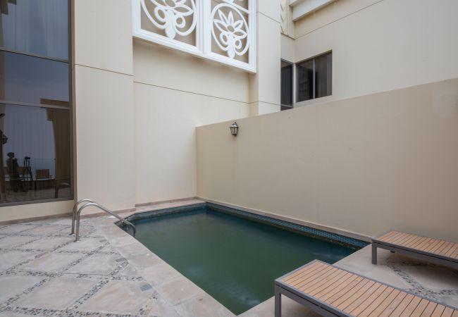 Apartment in Dubai - Sea View Penthouse w/Private Pool